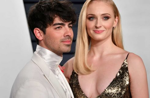 Joe Jonas e Sophie Turner marcam data do casamento